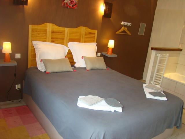 Les chambres d 39 agathe entre lyon et macon chambre d for Chambre d hote macon
